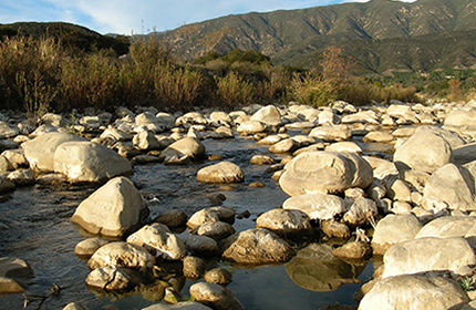 River-rocks-&-mountains-web 430
